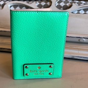 ♠️ Kate Spade Passport Holder ♠️
